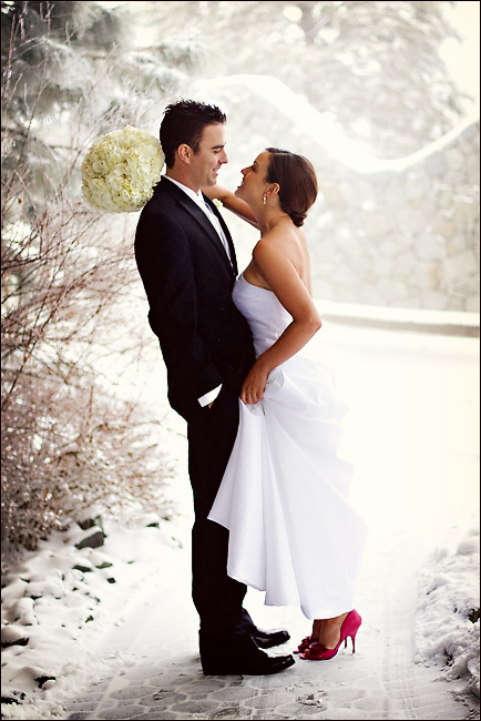 snow wedding picture